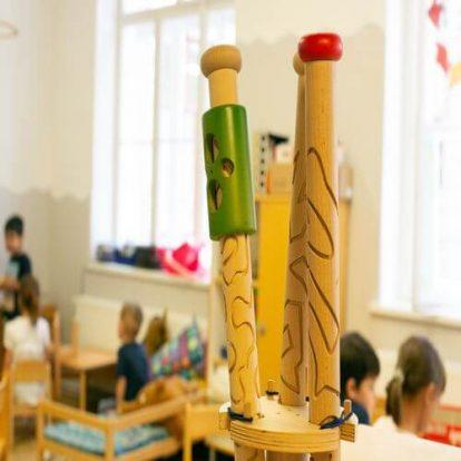 Ausgefallene Spiele spielen im Kindergarten