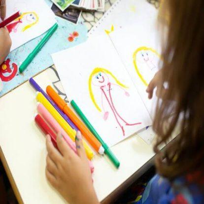 zeichnen und malen im Kindergarten Villa Kunterbunt in 1070 Wien